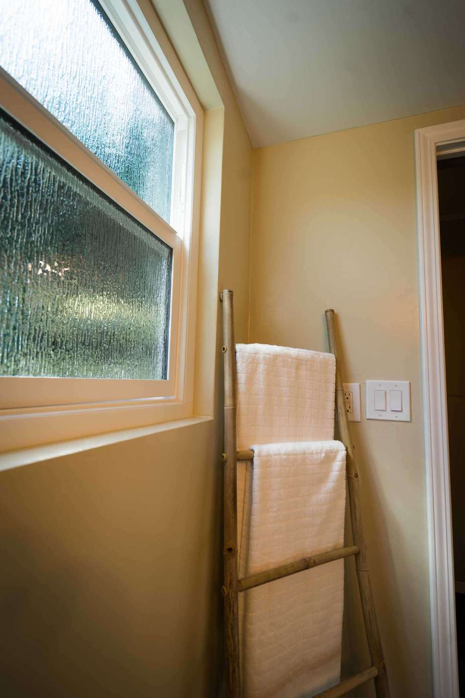 Retrofit window replacement classic home improvements for Retrofit windows