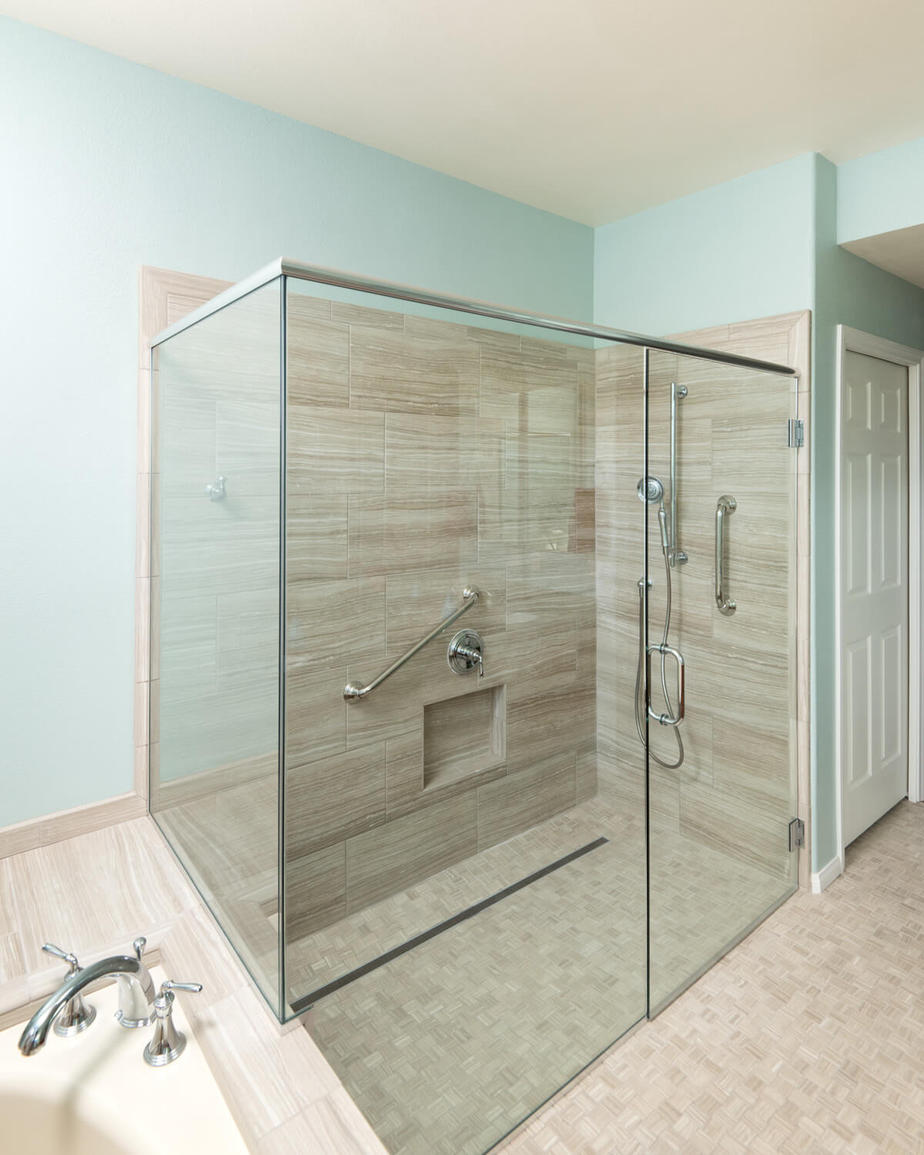 Senior Friendly Shower - San Marcos Bathroom Remodeler