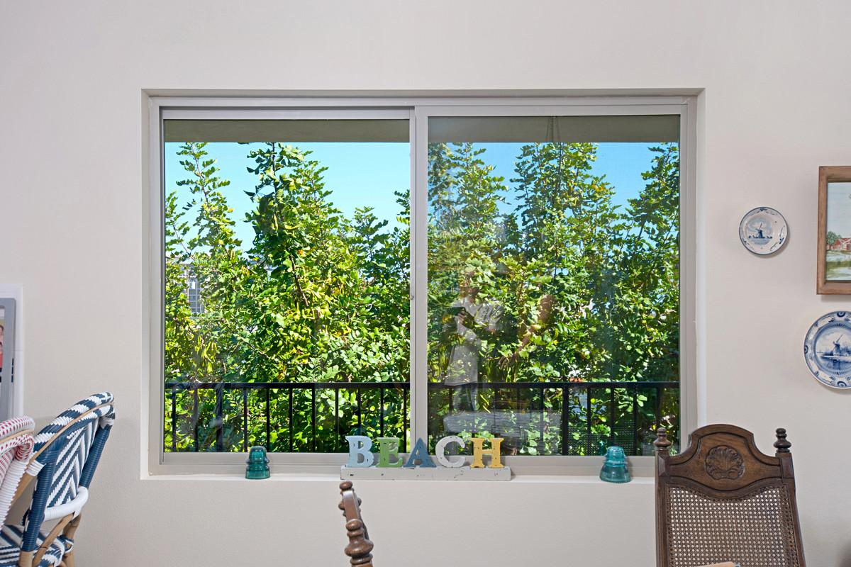 La Cantina Folding Doors & Replacement Windows