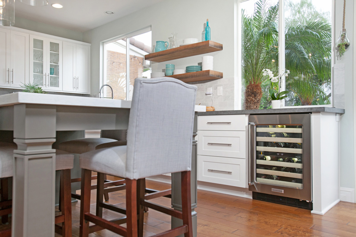 Poway Kitchen Remodeling Contractor with Local Showroom